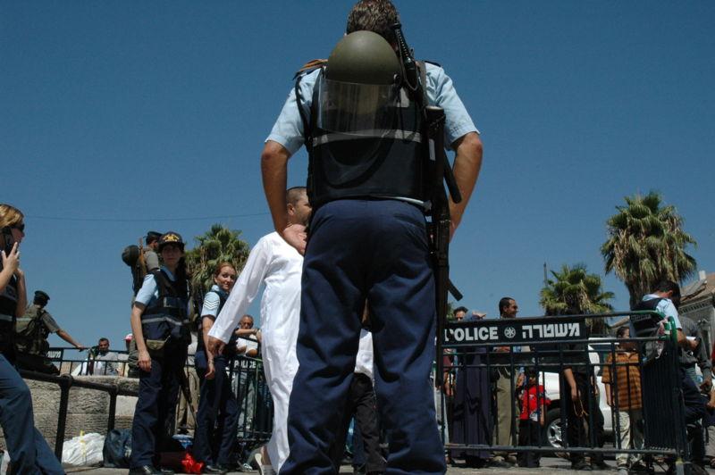 Israeli police in Jerusalem. Credit: Wikimedia Commons.