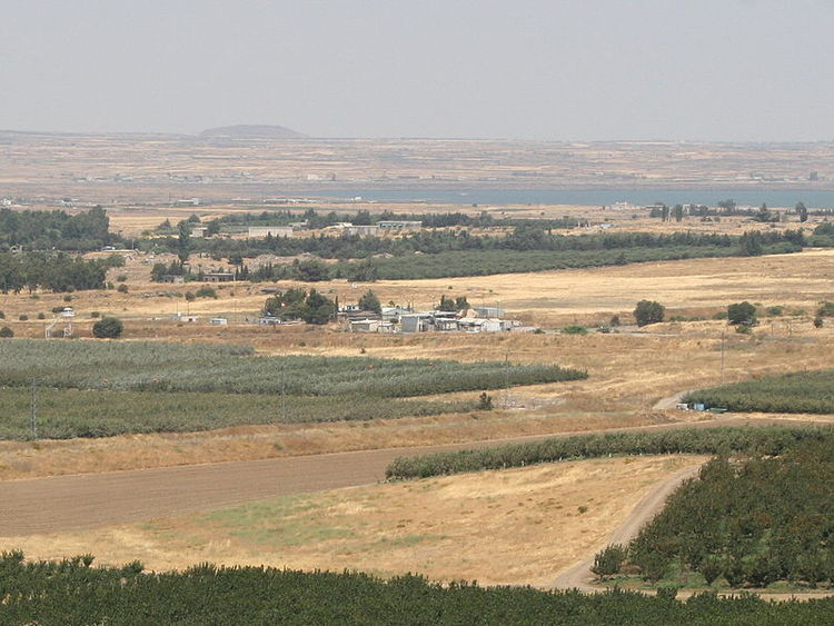 The Israel-Syria border crossing at Quneitra, on Israel's northern front. Credit: Wikimedia Commons.
