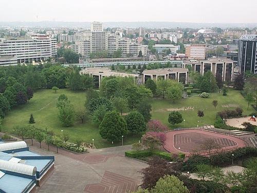 The Paris suburb of Creteil. Credit: Wikimedia Commons.