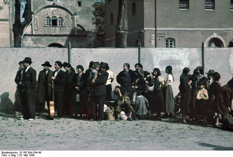 Click photo to download. Caption: The Nazis deportation of Roma from Asperg, Germany, in May 1940. Credit: German Federal Archives.