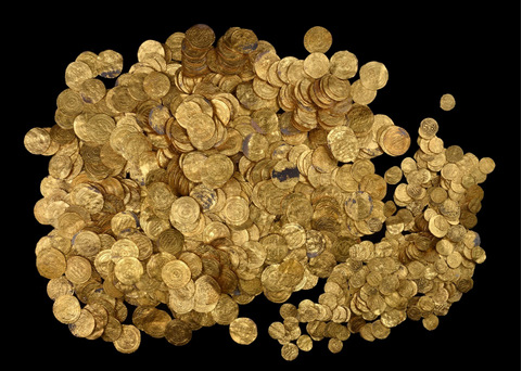 The trove of ancient gold coins discovered off Israel's coast. Credit: Israel Antiquities Authority.