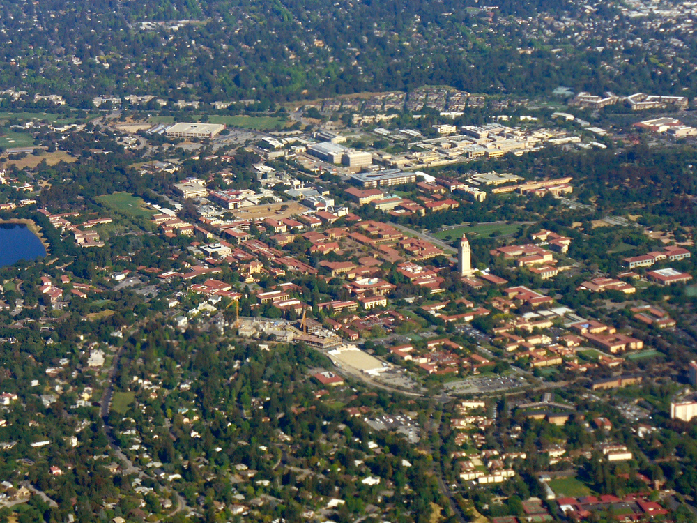 Click photo to download Caption: An aerial view of the Stanford University campus. Credit: Jrissman via Wikimedia Commons.