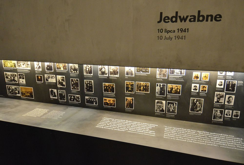 A part of core exhibition dedicated to the 1941 Jedwabne pogrom at the Museum of the History of Polish Jews in Warsaw. Credit: Wikimedia Commons.