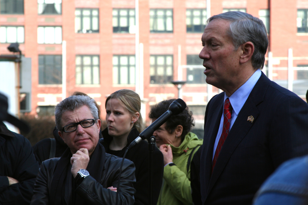 Click photo to download. Caption: Former New York State governor George Pataki (far right), who is mulling a run for president in 2016, at a December 2006 event in New York City. Credit: Jim Harper via Wikimedia Commons.