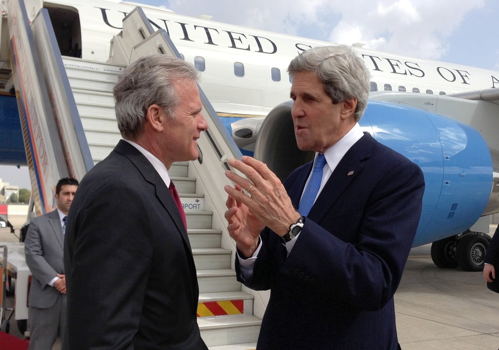 Click photo to download. Caption: U.S. Secretary of State John Kerry (right) with Michael Oren (left), then the Israeli ambassador to the United States, at Ben Gurion International Airport in Tel Aviv on April 9, 2013. Credit: U.S. State Department.