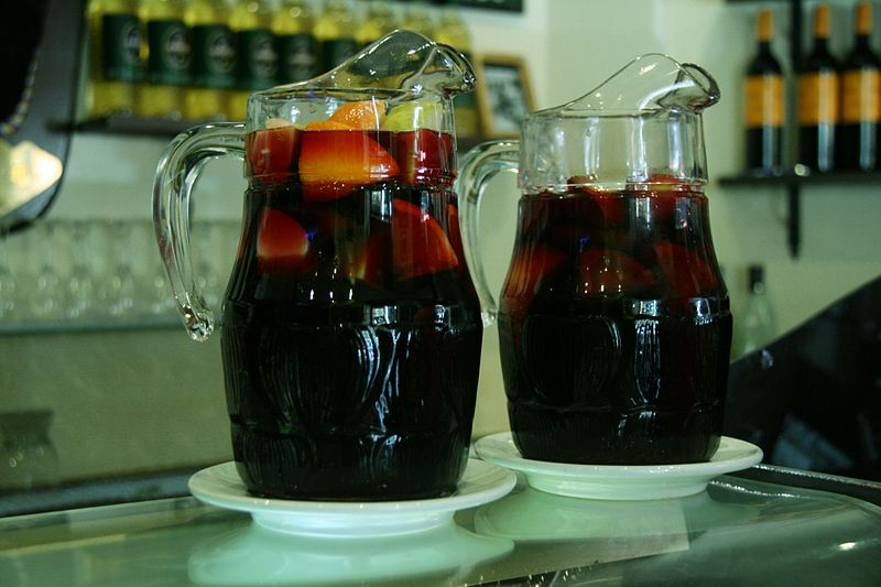 Click photo to download. Caption: Sangria. Credit: Tamorlan via Wikimedia Commons.