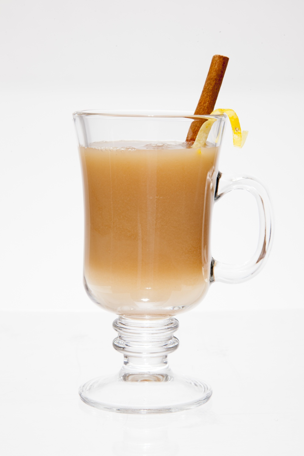 Click photo to download. Caption: Hot Hard Apple Cider. Credit: JoyofKosher.com and Joy of Kosher with Jamie Geller Magazine.