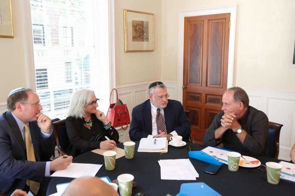 Click photo to download. Caption: Israeli broadcaster Razi Barkai (far right) meets with a multi-denominational group of American Jewish leaders during his recent visit to the United States. Credit: Provided photo.