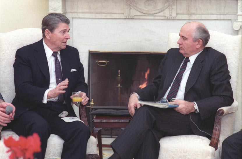 Click photo to download. Caption: U.S. president Ronald Reagan and the Soviet Union's final leader, Mikhail Gorbachev, at the White House in 1987. Credit: Fed Govt via Wikimedia Commons.