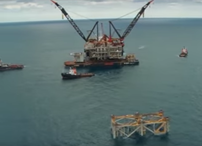 An Israeli offshore drilling rig. Credit: YouTube.