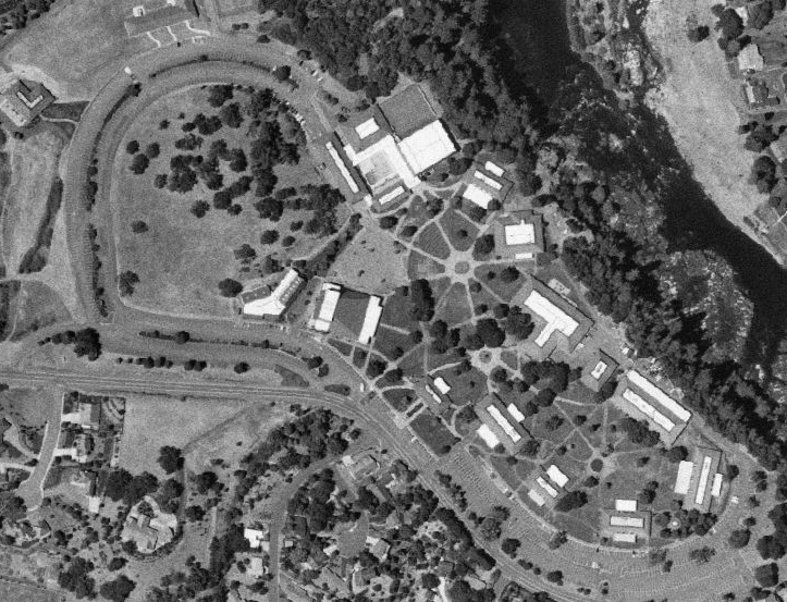 Click photo to download. Caption: The campus of Umpqua Community College in southern Oregon, site of the Oct. 1 school shooting. Veteran Chris Mintz was shot seven times while trying to save students. Credit: United States Geological Survey via Wikimedia Commons.