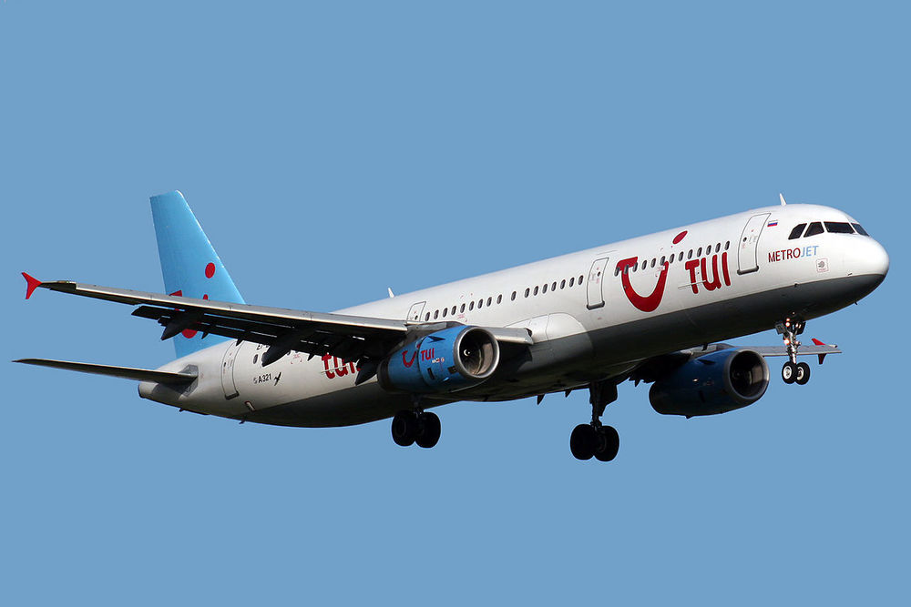 A Russian Metrojet Airbus 321 similar to the plane that crashed in the Sinai Peninsula last weekend. Credit: Wikimedia Commons.