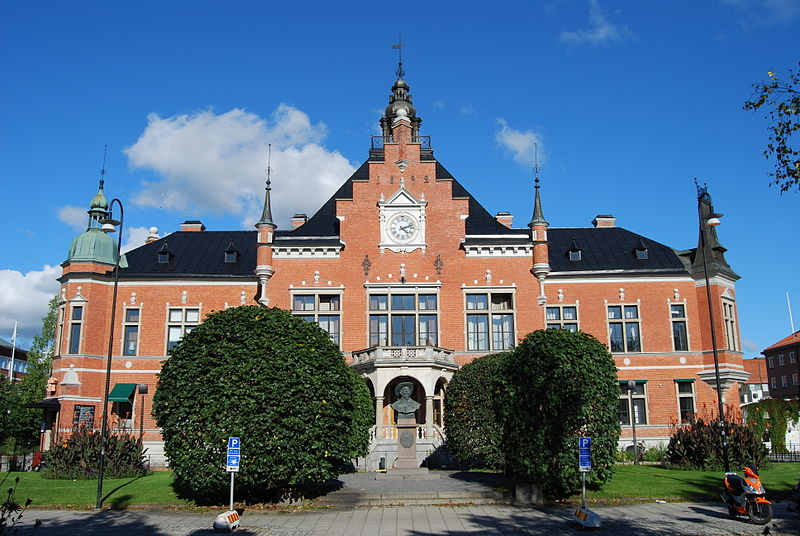 Town hall in Umea, Sweden. Credit: Wikimedia Commons.