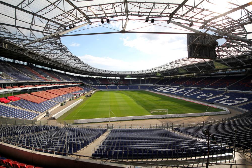 Hanover's HDI stadium. Credit: Wikimedia Commons.