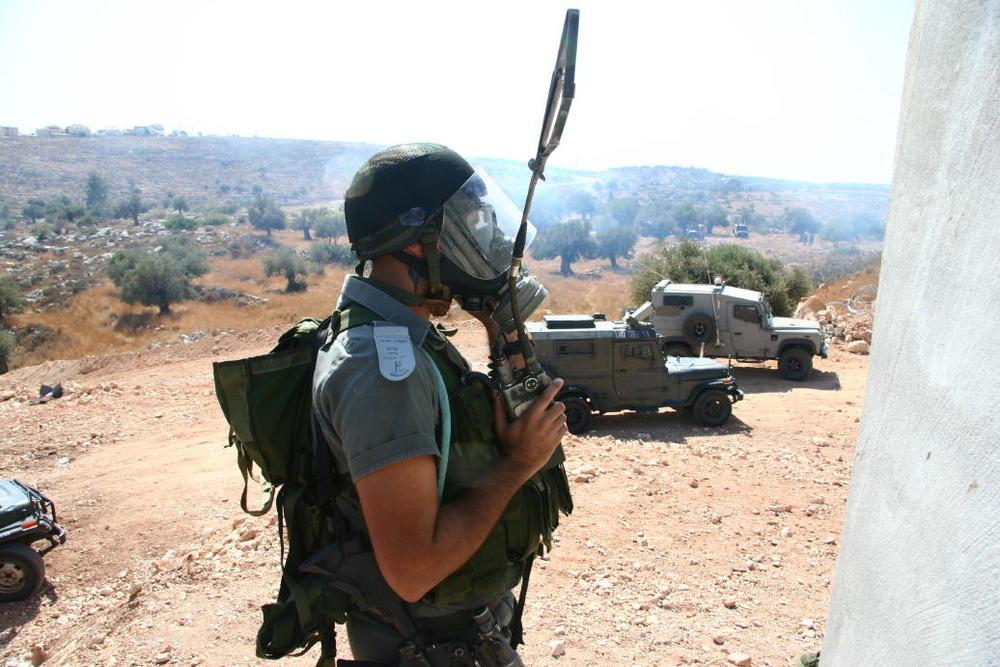 An member of the Israeli Border Police. Credit: Olly Lambert via Wikimedia Commons.