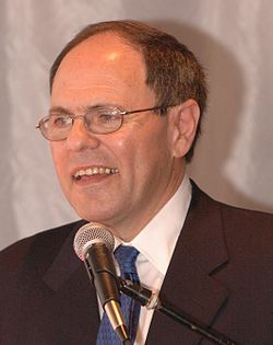 Dani Dayan. Credit: Wikimedia Commons.