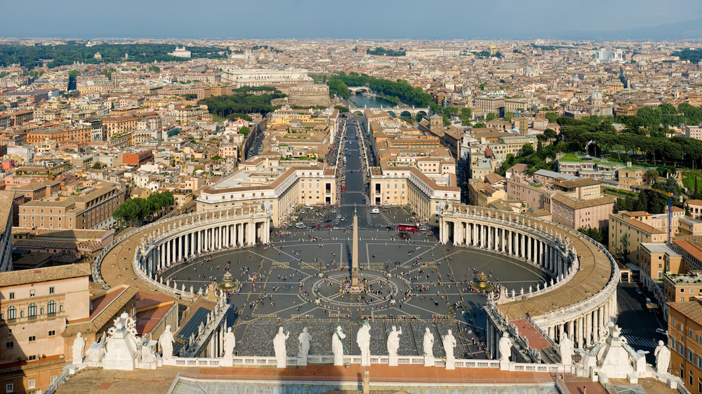 Click photo to download. Caption: A view of St. Peter's Square in Vatican City. Credit: Diliff via Wikimedia Commons.