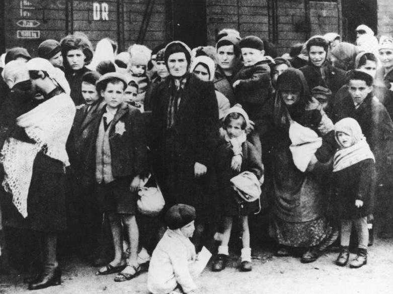 The arrival of Hungarian Jews to Auschwitz. Credit: The German National Archive via Wikimedia Commons.