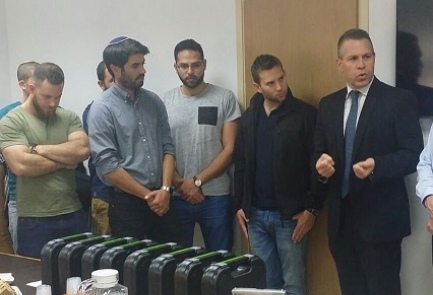 Israeli Public Security Minister Gilad Erdan (far right) with former members of Duvdevan, the IDF's anti-terrorist unit, on Thursday. Credit: Public Security Ministry.