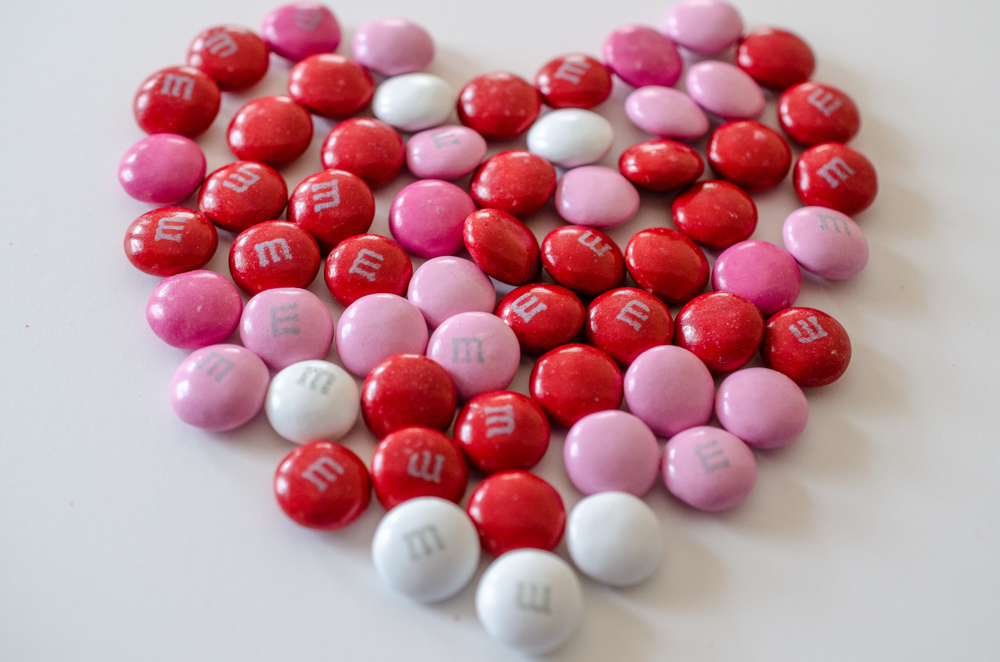Valentine's Day M&M's. Credit: Wikimedia Commons.