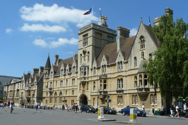 The Oxford University campus. Credit: Peter Trimming via Wikimedia Commons.