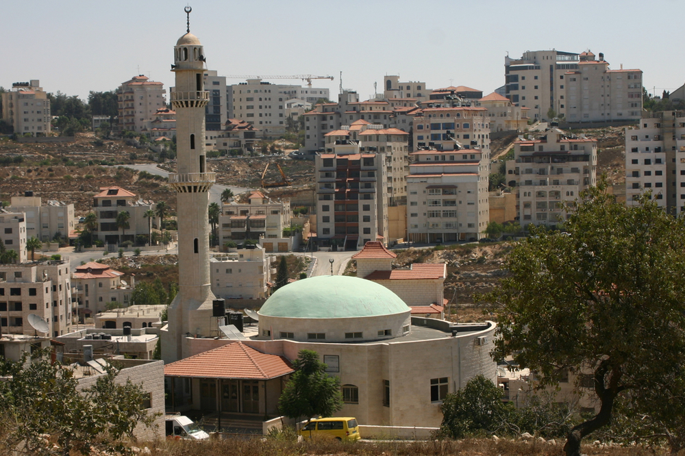 Ramallah, pictured here, is one of the proposed pilot cities for the cessation of IDF security control in the West Bank. Credit: Ralf Lotys via Wikimedia Commons.