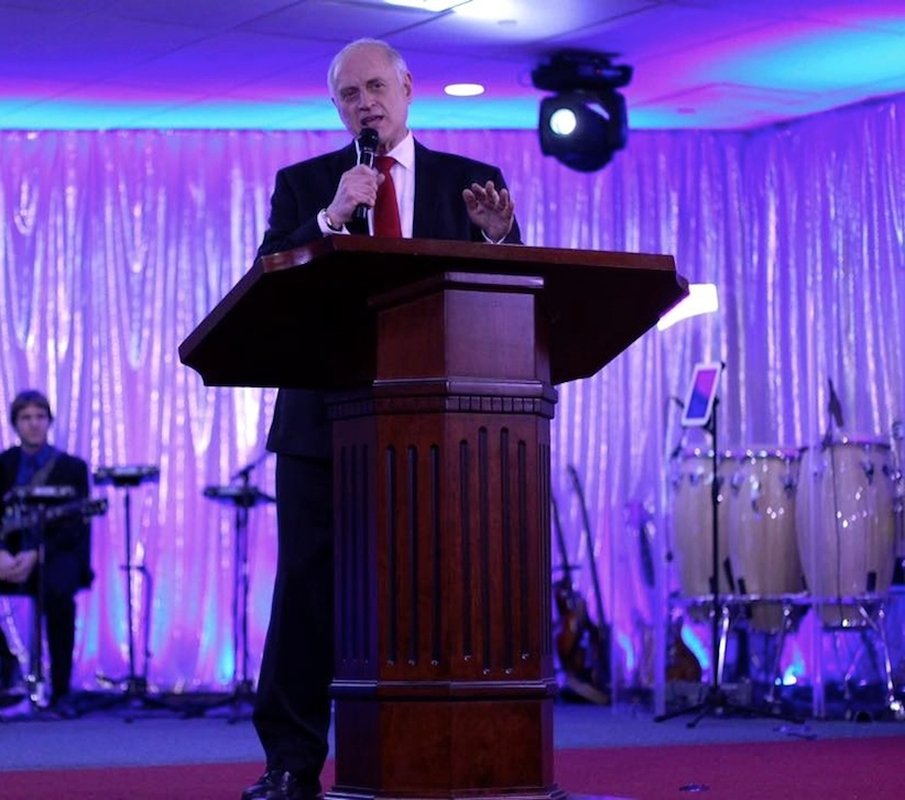 Click photo to download. Caption: Malcolm Hoenlein, CEO of the Conference of Presidents of Major American Jewish Organizations, speaks at the Hispanic Israel Leadership Coalition's (HILC) March 10 Night to Celebrate Israel in Astoria, N.Y. Credit: HILC via Facebook.