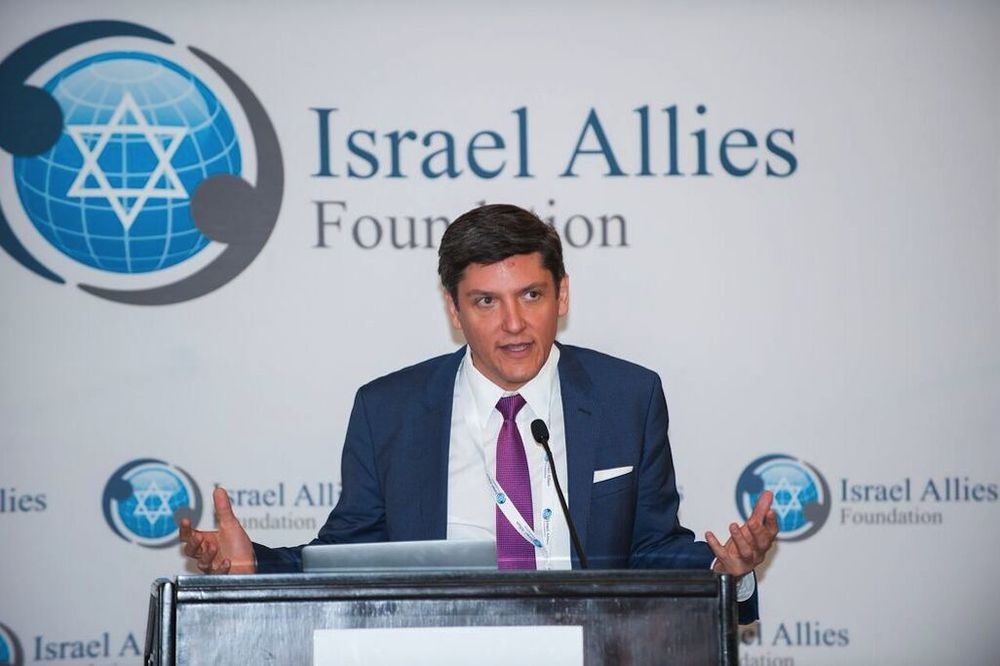 Click photo to download. Caption: Agustin Barrios Gomez, a former lawmaker in the Mexican Congress, speaks at the recent Second Annual Latin America Summit on Israel in Miami. Credit: Israel Allies Foundation.