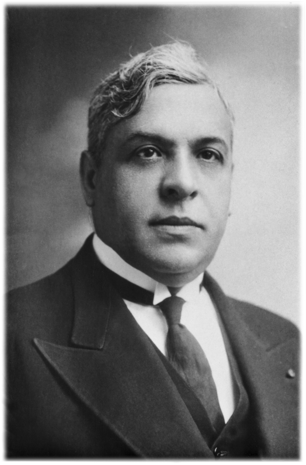 Click photo to download. Caption: Aristides de Sousa Mendes in 1940. Credit: Courtesy of the Sousa Mendes Foundation.