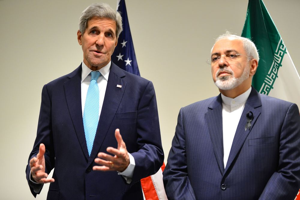 Click photo to download. Caption: U.S. Secretary of State John Kerry (left) and Iranian Foreign Minister Mohammad Javad Zarif address reporters before their bilateral meeting at United Nations headquarters in New York on Sept. 26, 2015. Credit: U.S. Department of State.