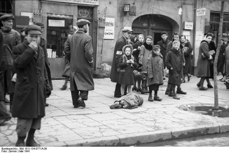 An image from the Warsaw Ghetto. Credit: German National Archive via Wikimedia Commons.