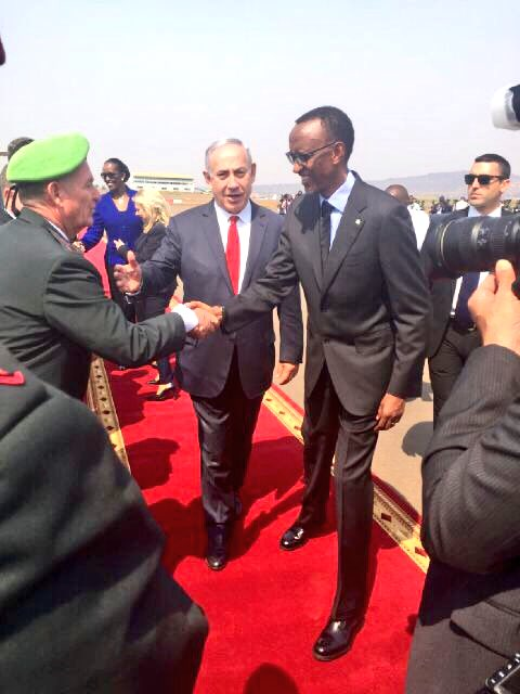 Israeli Prime Minister Benjamin Netanyahu with President Paul Kagame in Rwanda. Credit: Twitter.