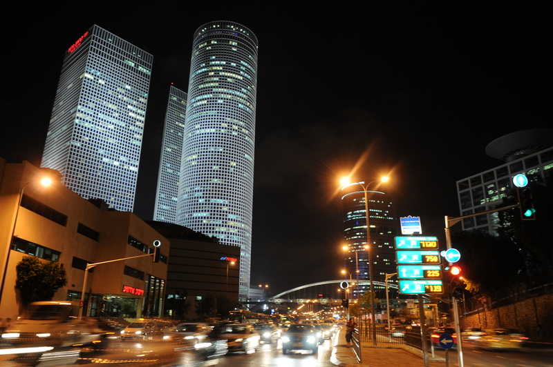 Tel Aviv's Azrieli towers. Credit: Wikimedia Commons.