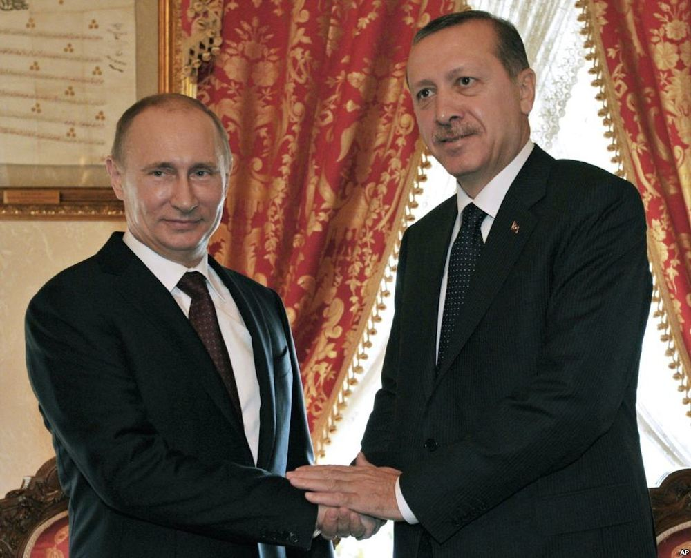 Click photo to download. Caption: Russian President Vladimir Putin (left) and Turkish President Recep Tayyip Erdogan. Credit: Dorian Jones via Wikimedia Commons.