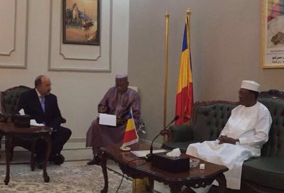 Israeli Foreign Ministry Director-General Dore Gold meeting with President Idriss Deby of Chad. Credit: Israeli Foreign Ministry.