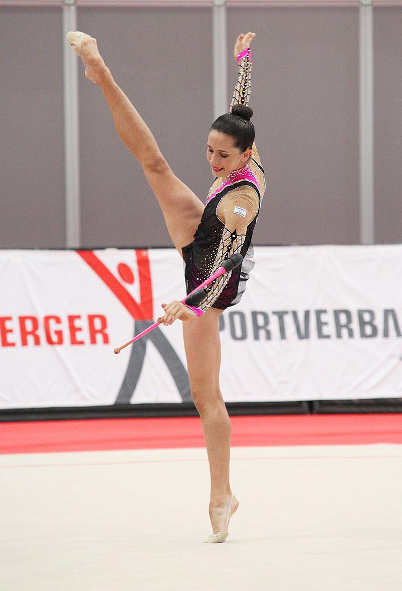 Israeli rhythmic gymnast Neta Rivkin. Credit: Bauken77 via Wikimedia Commons.