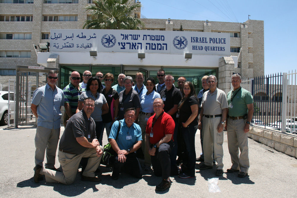 Georgia police officers taking part in the GILEE program in front of Israeli Police headquarters. Credit: Georgia State University.