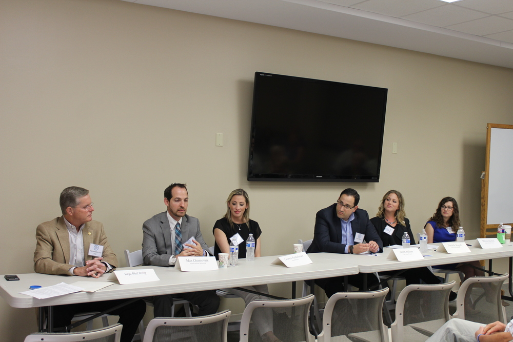The anti-BDS panel at Temple Shalom. Left to right: Texas Representative Phil King, Max Chamovitz, Deputy Director of Israel Action Network, Lauren Feibelman, National Associate Director of Campus Affairs for StandWithUs, Jacob Milner, Midwest Regional Director and Senior Policy Analyst for The Israel Project,  Danielle Rugoff, Director of Development of Major Gifts for Hillel International and Melissa Duchin, Executive Director for Hillels of North Texas. Credit: Temple Shalom.