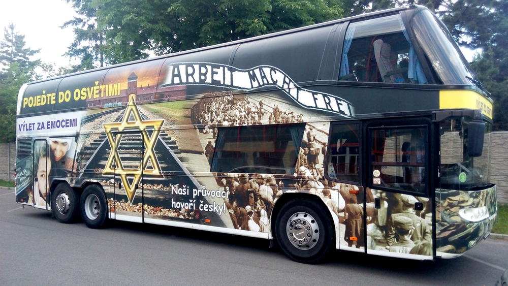 An advertisement of the tour bus on the Auto Xaver tour company website. Credit:  autoxaver.cz .