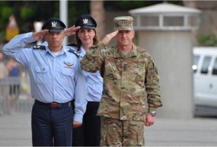 Israeli Air Force Commander Maj. Gen. Amir Eshel and U.S. Air Force Chief of Staff Gen. David Goldfein in Tel Aviv, Wednesday.Credit: IDF Spokesperson's Unit