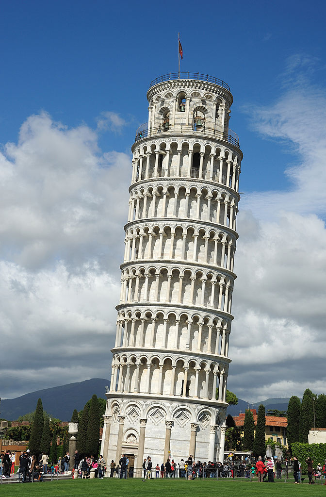 The Leaning Tower of Pisa. Credit: Saffron Blaze via Wikimedia Commons.