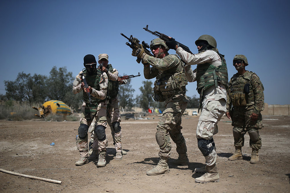 The U.S. military training the Iraqi Army as it prepares to retake territory lost to ISIS. Credit: John Moore/Getty Images.