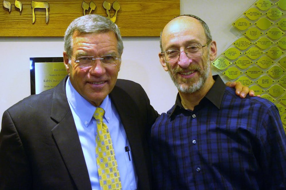 CBN's Chris Mitchell with Ahavath Torah Congregation's Rabbi Jonathan Hausman. Credit: Ahavath Torah Congregation.