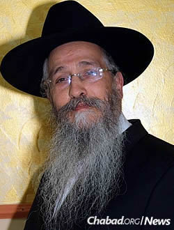 Rabbi Mendel Deitsch. Credit: Chabad.org