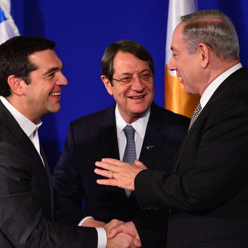 Israeli Prime Minister Benjamin Netanyahu (right) meets with Cypriot President Nicos Anastasiades (center) and Greek Prime Minister Alexis Tsipras (left) in Jerusalem Thursday. Credit: Kobi Gideon/GPO.