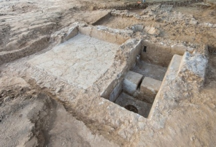 The  2,100-year-old wine press unearthed at an Ashkelon construction site. Credit: Assaf Peretz/Israel Antiquities Authority.