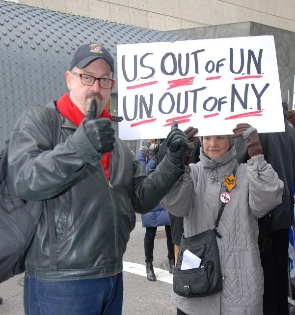 Protesters at the Dec. 28 New York rally against the Obama administration's role in the U.N.'s vote targeting Israeli settlements. Credit: Maxine Dovere.