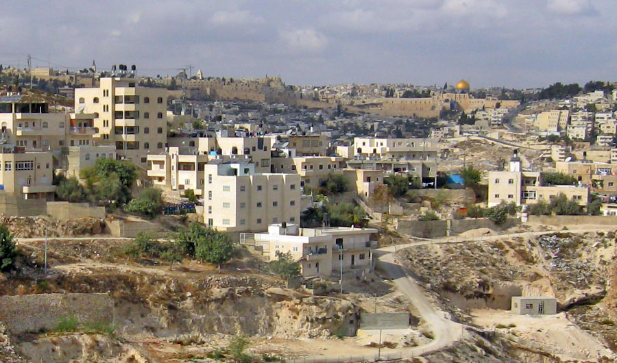 Jabel Mukaber (pictured) was among the eastern Jerusalem neighborhoods where Israeli forces raided the homes of seven terrorists Monday. Credit: Tamarah via Wikimedia Commons.