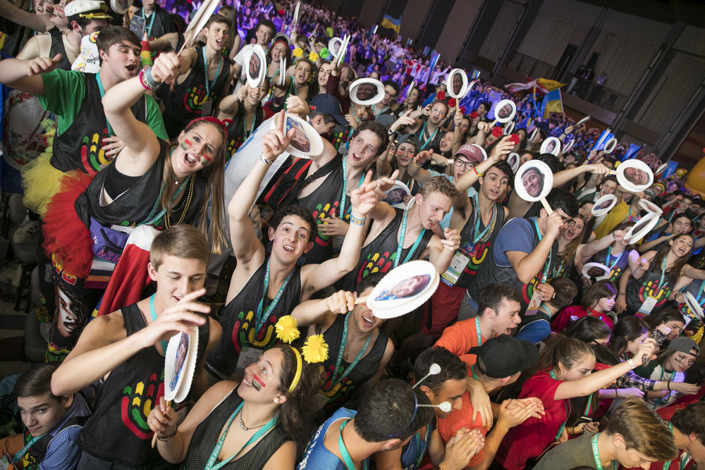 Enthusiastic teens at the opening ceremony of the BBYO International Convention Feb. 16. Credit: Jason Dixson Photography.