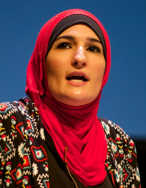Linda Sarsour (pictured), a Palestinian-American activist in the anti-Israel BDS movement, helped raised more than $100,000 to repair the desecrated Chesed Shel Emet cemetery in St. Louis. Columnist Ben Cohen asks: Can the enemies of Israel be, at the same time, the friends of Jewish communities outside the Jewish state? Credit: Festival of Faiths via Wikimedia Commons.